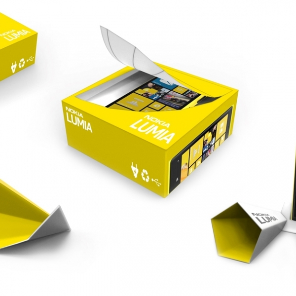 Sound amplifying packaging